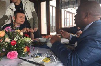 Dirigente do MPLA convida multimilionário chinês a investir em Angola